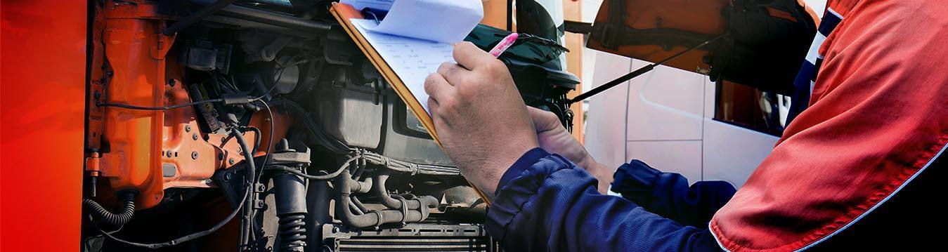 Acompanhe neste post as 5 dicas que o time da TOTAL destaca para melhorar a eficiência, proteção e o desempenho dos motores de veículos pesados.