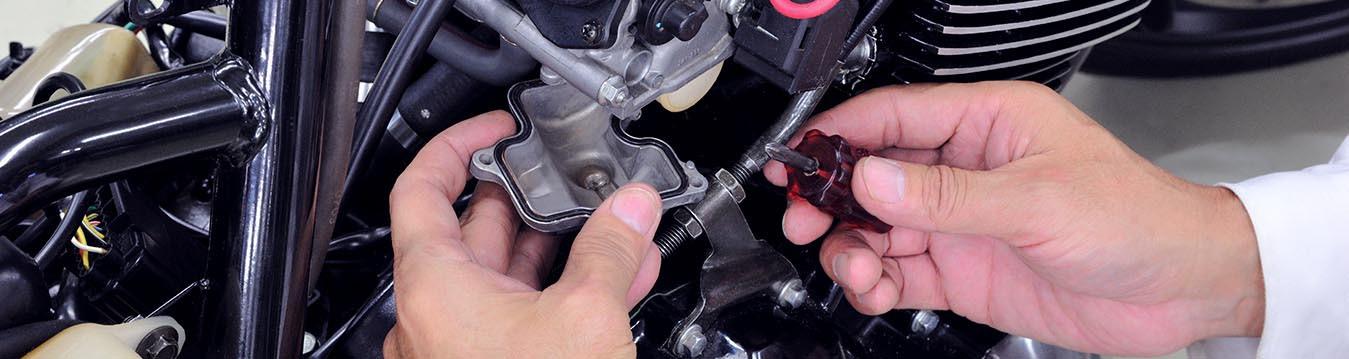 Confira nossas 4 dicas para a manutenção da sua moto e veja como desempenho e segurança viajam juntos!