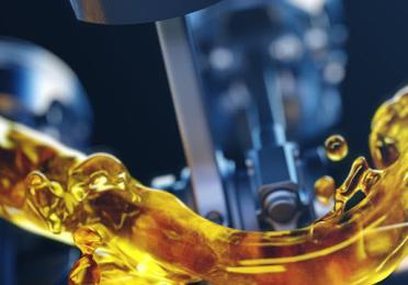 Entenda o que pode acontecer com seu veículo ao rodar com o óleo vencido.